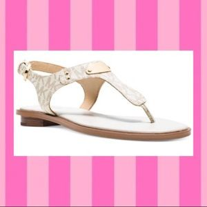 ✨Michael Kors Sandals